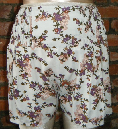 473 Floral Shorts @R220